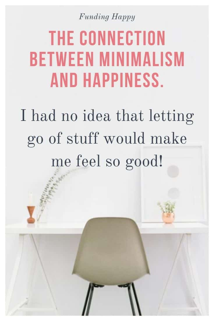 minimalist desk - makes the author happy